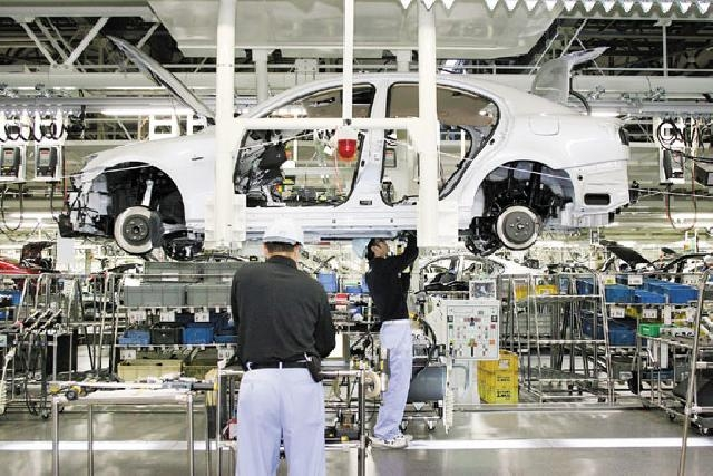 Thai private sector groups sign deal to produce personnel for auto