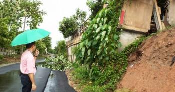 Phuket homes damaged as heavy rain causes landslip