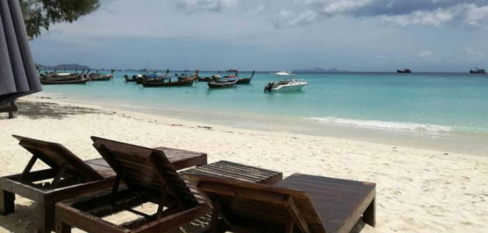 "Article 44 used as ""unusually wealthy"" man hauled off Koh Lipe by raiding party"